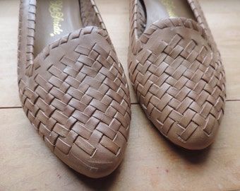 leather huarache sandals 80s tan hippie woven slip-on loafers women's 7 1/2 M new old stock