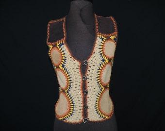 boho knit vest 70s earth suede  crochet sleeveless festival top medium