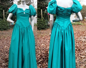 80s Prom Dress in Green/ Vintage Bridesmaid Dress/ Vintage Dress/ 80s Dress Size 8
