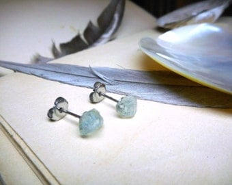 The Sea Song Aquamarine Earrings. Rough Petite Raw Aquamarine and titanium post Stud Boho rustic earrings. -no.1 Stone Temples Collection