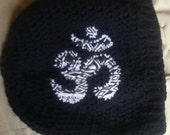 Black White tribal om slouch hat