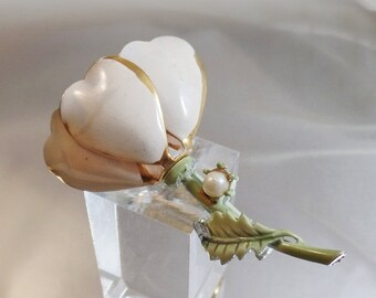 SALE Vintage White and Gold Plated Flower Brooch.  Faux Pearl and White Enamel Flower Blossom Pin.