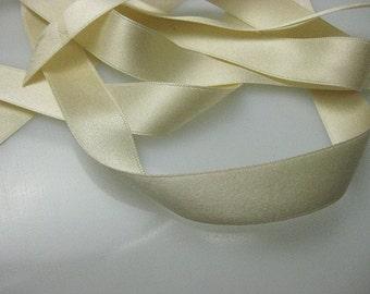 Antique Victorian silk ribbon 1900s French  cream Bridal ribbon  5/8 inch wide P057