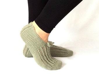 Winter, Green Slippers, Wool Slippers, Knitting, Handmade Slippers, Christmas Slippers