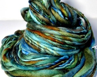 Thick and Thin Yarn, Chunky Handspun Yarn, Thick and Thin Handspun Yarn, Merino Wool Yarn, Bulky Yarn, The Flight Thick and Thin Handspun