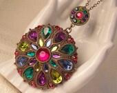 Large Vintage Style Rhinestone Necklace-Large Rhinestone Pendant-Rhinestone Jewelry-Vintage Jewelry-Vintage Necklace-Roadsidebridge