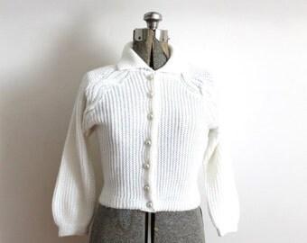 ON SALE 1950s Cardigan / 1950s White Three Quarter Sleeve Knit Cardigan