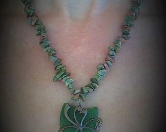 Lucky clover sea glass necklace