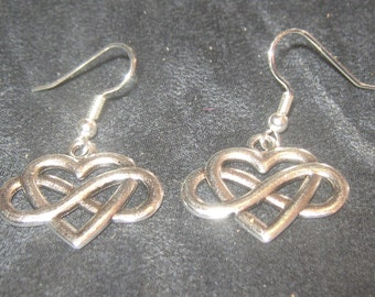 Silver Tone IRISH Celtic Knot Infinity Heart Dangle Earrings