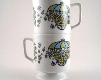 Stacking mugs - 70s mugs - floral mugs - mug pair - vintage coffee mugs - flower mugs - springtime mugs - kitschy mugs