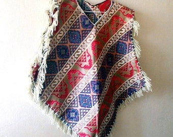 Women ponchos, Ethnic Design Fringe Mexican poncho, sleeveless Tribal Top, fringed V neckline Kaftan