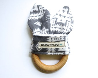 Teething Ring - Baby Toy - Maple Natural Wood Ring Teether Teething Toy - Baby Gift - Tribal Boho Style - Native Tribal Pattern in Grey