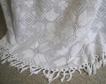 Charming vintage French crocheted bedspread, cover, white cotton, double size.  Or a lovely tablecloth, sofa throw