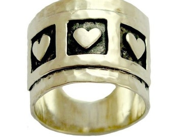Sterling silver band, wide silver band, triple hearts ring, heart band, valentines ring, hammered silver ring - Live laugh love - R1281S
