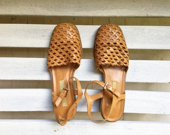 vintage camel woven leather sandals, maryjanes, buckle and strap heeled dressy womens shoes size 7 and a half