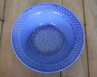 vintage blue serving bowl by edwin knowles