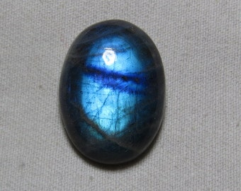 New Madagascar - High Quality LABRADORITE - Oval Shape Cabochon Huge size - 20x27 mm Gorgeous Blue Fire only