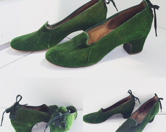 40s Green Suede Rhythm Step Pumps 6 1/2 Lace Up Heels Shoes Vintage 1940s