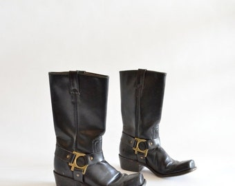 30% OFF STOREWIDE / Vintage 1980s black leather MOTO boots / 6
