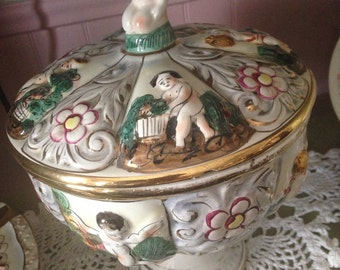 Vintage Capodimonte Covered Bowl Made in Italy 76/1366 REDUSED