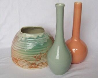 Tony Evans Raku Art Pottery w/Certificate & Two Similar Color Bud Vases Haeger