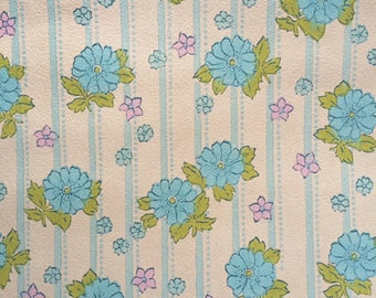 Vintage blue flower wallpaper by the roll