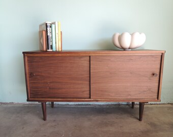 Reserve-Kathy-MID CENTURY MODERN Style Credenza or Media Stand (Los Angeles)