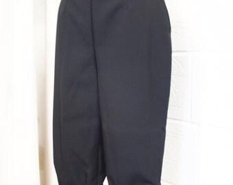 Plus de deux, culottes, genou longueur des pantalons courts