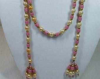 ON SALE 20% OFF Vintage Pearl and Pink Bead Necklace