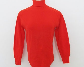 Vintage 1970's Red Sweater / Turtle Neck Winter Nylon Sweater Pullover Shirt / Size Small-Medium