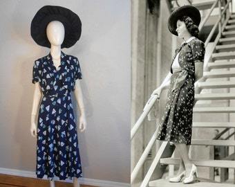 Starboard Cocktails - Vintage 1930s Navy Dress w/Abstract Sails Matching Belt Bolero Jacket  - 12/14