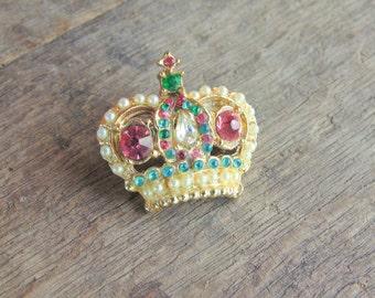 Pink Green Blue RHINESTONE CROWN brooch Pin w/ faux seed pearls vintage 1950s