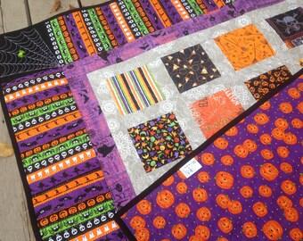 Simply SPOOKTACULAR 54x60 Halloween sofa quilt