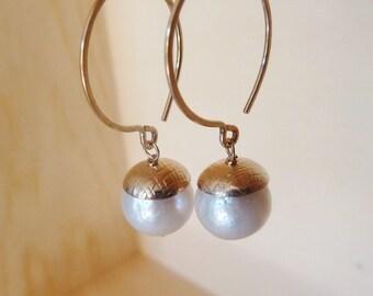 Pearl Hoop earrings. Brilliant high luster Kasumi like Pearl. White Freshwater Pearl earrings. Drop earrings. June birthstone earrings.