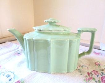 Hall China Tea Pot Victorian Benjamin Style Celadon Green Hall Tea Pot 1940's 4 Cup Teapot Hall China Celadon Green