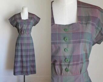 vintage 1940s day dress - HAZY PURPLE plaid cotton dress / M