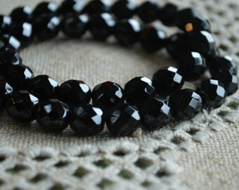 40pcs Fire-Polished Black Jet 10mm Bead Czech Glass Faceted Round