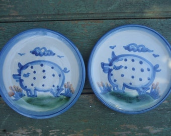 "2 Vintage M. A. Hadley 6"" Pig Plates"