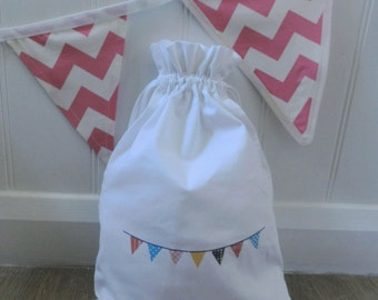 "Bunting Drawstring Cotton Bag Large (9.8"" x 14"")"