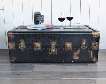 "1920s Hartmann Wardrobe Trunk - Steamer Trunk ""Nice Graphics"""