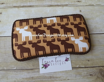 Moose in Brown, Travel Wipe Case, Baby Wipe Case, Personalized Wipe Case, Diaper Wipe Case, Baby Shower Gift, Wipe Holder