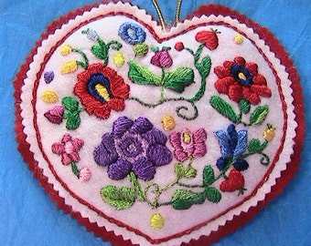 """HUNGARIAN silk embroidered KALOCSA 6"""" HEART ornament~New~handmade by me"""