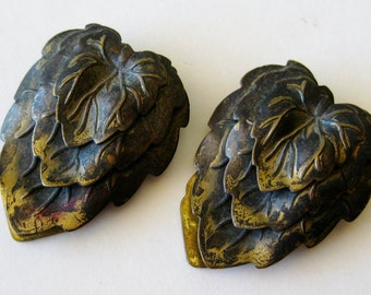 2 Vintage 20s 30s Aesthetic Era Small Brass Czech Austrian Leaf Motif Fur Clips Jewelry Set