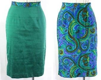 Size 4 Reversible Skirt - 1950s Silky Paisley Reverses to Emerald Green - Small Pencil Skirt & Belt - 50s Secretary - NWT - Waist 25 - 21823
