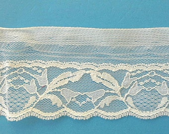Floral White Flat Lace Sewing Trim 10 Yards 2  Inches Wide L0554
