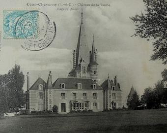 French Antique Postcard - Château de la Taurie, Cour-Cheverny, France