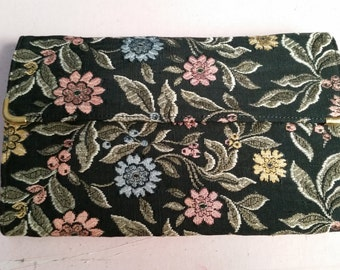 Vintage Floral Tapestry Fabric Clutch Purse Black Comb Mirror and Change Purse
