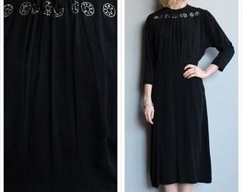 20% Sale 1940s Dress // Black Widow Dress // vintage 40s crepe dress