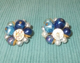 """Vintage 1950s/1960s RETRO Bright Blue Bead Clip-on Ball Earrings-1"""" diameter-FREE SHIPPING!"""