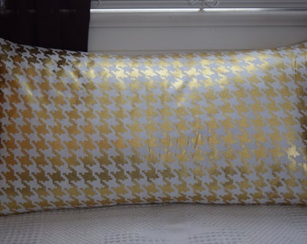 Gold Foil Metallic Houndstooth pillow covers